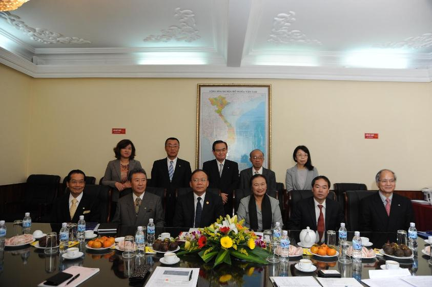 ke-hoach-phat-trien-dai-ly-thue-den-nam-2020