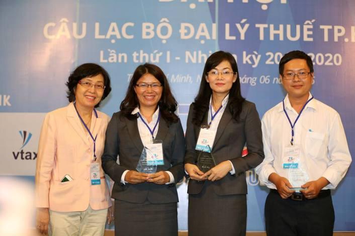 vtax-tham-du-dai-hoi-clb-dai-ly-thue2